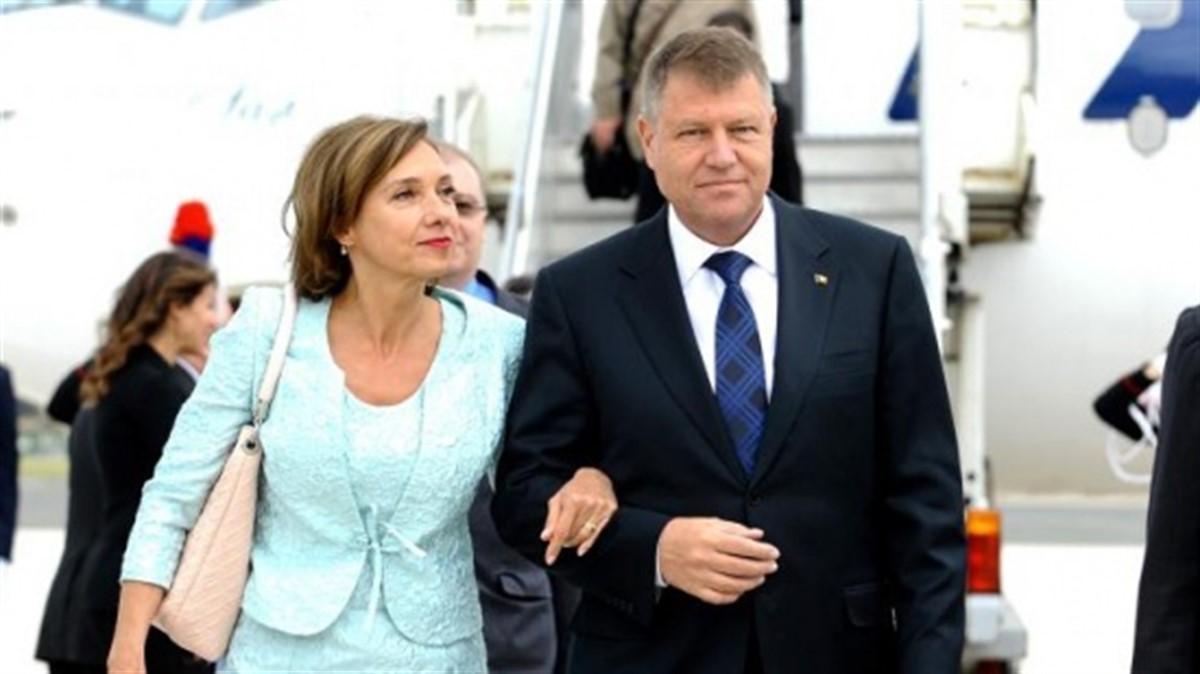 Mama lui Carmen Iohannis, Georgeta Lazurcă, a murit la Sibiu. Președintele Klaus Iohannis își va anula programul pentru a merge la înmormântare.