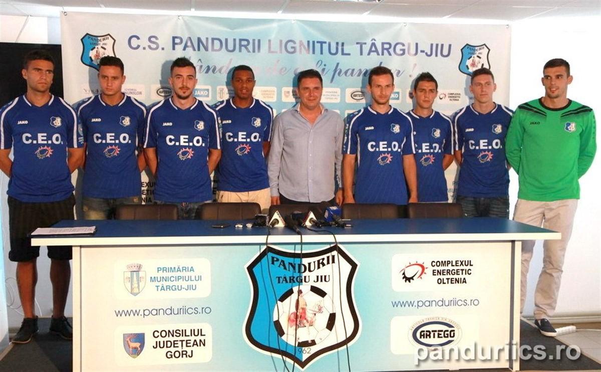 Echipa de fotbal Pandurii Târgu Jiu a intrat oficial în insolvență, după ce magistrații de la Tribunalul Gorj au admis cererea de insolvență.
