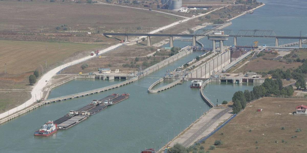 Porturile Midia, Constanța Nord și Agigea, închise din cauza vântului puternic