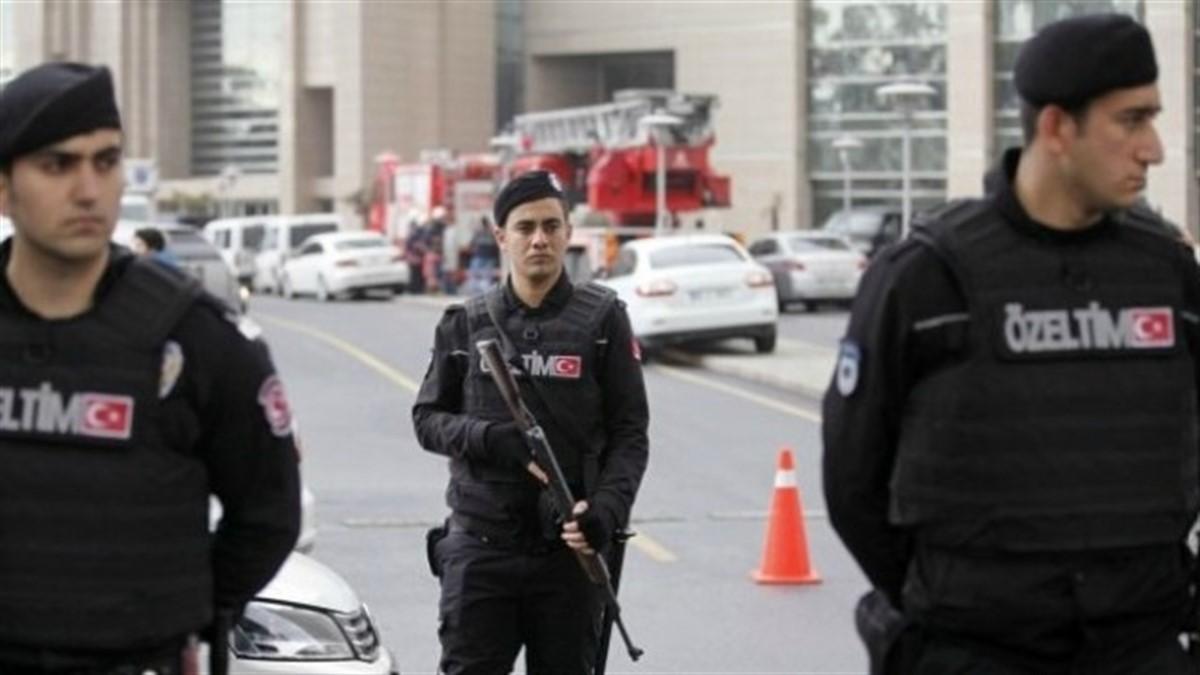 Turcia: Doi atentatori sinucigași s-au aruncat în aer la Ankara