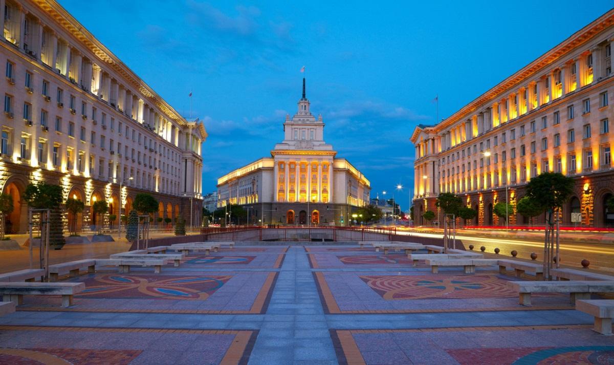 Alegeri prezidenţiale în Bulgaria. Cine sunt favoriţii