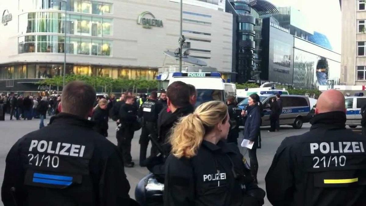 Celulă de criză în Germania după un atentat la consulatul ţării în Afganistan