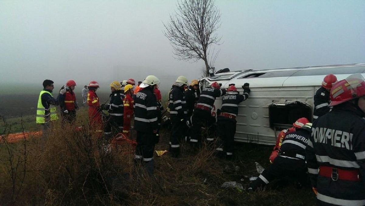 Circulația a fost reluată, după 4 ore de la accidentul de pe DN2