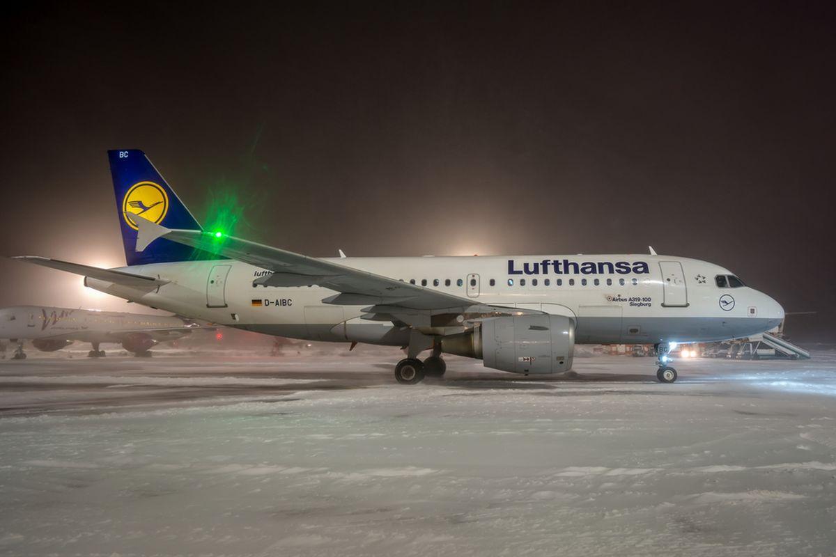 Curse anulate de Lufthansa şi duminică, chiar dacă piloţii au exclus să mai continue greva în ziua respectivă.