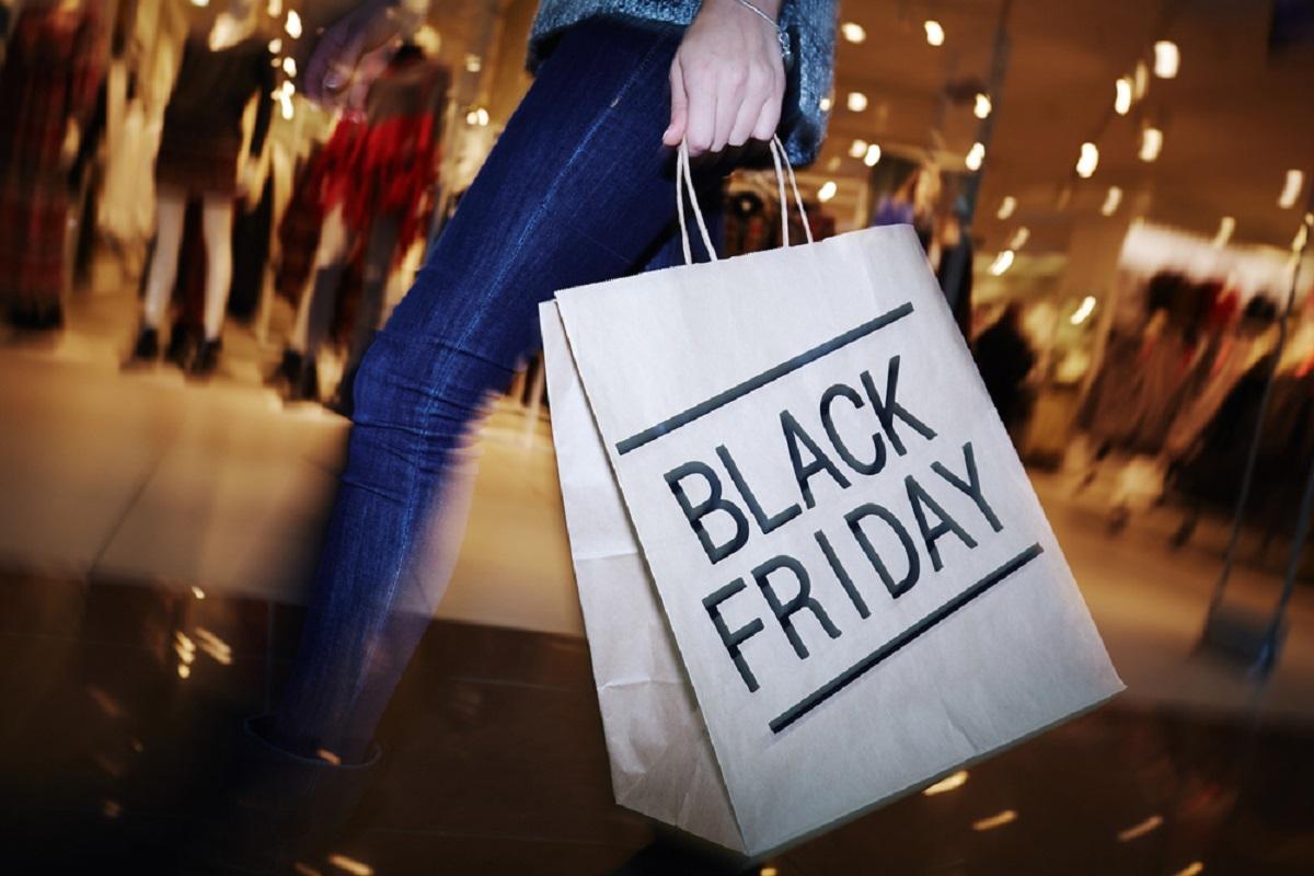 Reduceri eMAG de Black Friday 2016. Primele produse la prețuri promoționale