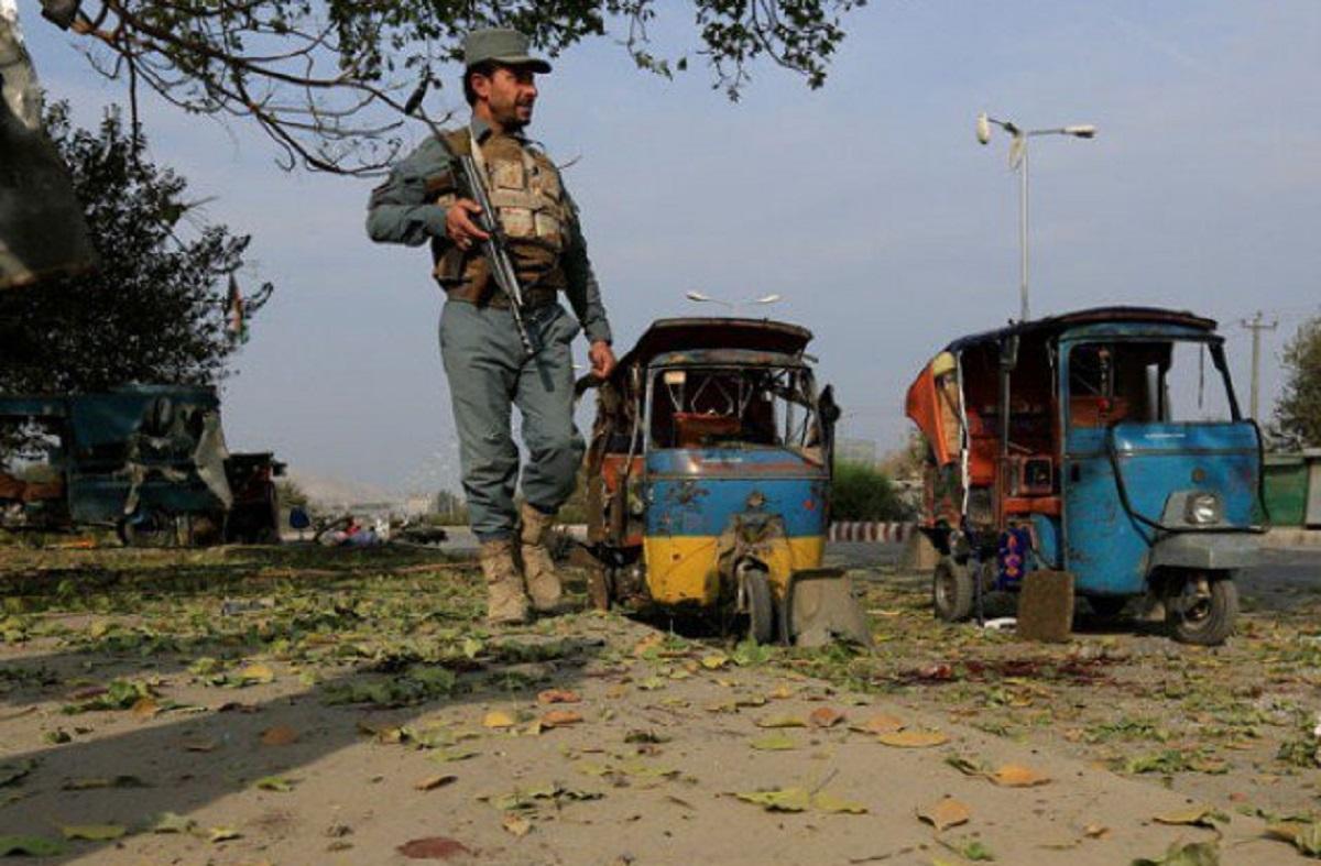 Triplu atentat în Afganistan. Cel puțin 5 oameni au murit și alte zeci au fost rănite, după un triplu atentat cu bombe. Atentatele nu au fost revendicate