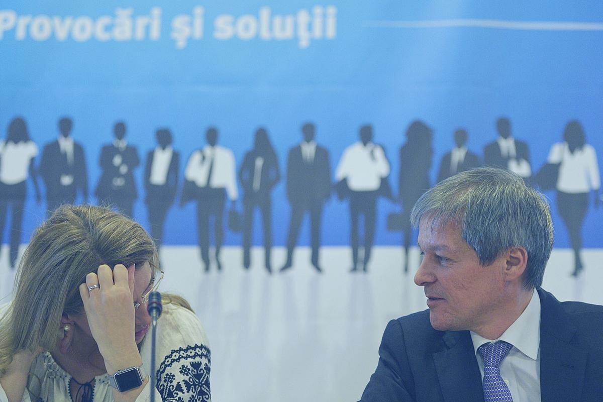 Consiliul Național al PNL l-a validat pe Dacian Cioloș drept propunerea de prim-ministru după alegerile parlamentare din luna decembrie 2016.