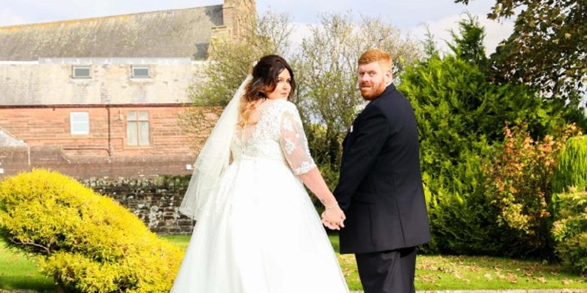 Fotografii de nuntă inedite. Ce au ales să facă doi miri în ziua nunții