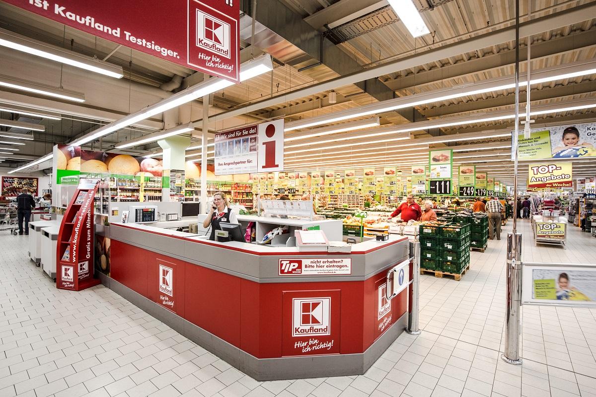 Kaufland a anunțat că retrage de pe piață șapte tipuri de napolitane care pot conține o cantitate mai mare de arahide decît cea scrisă pe etichetă.
