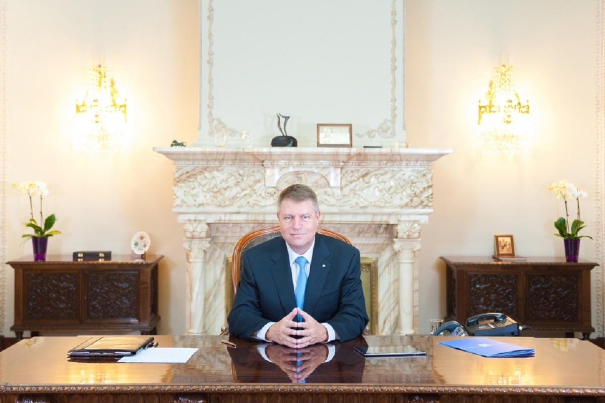 Klaus Iohannis nu promulgă legea tăierilor celor 102 taxe