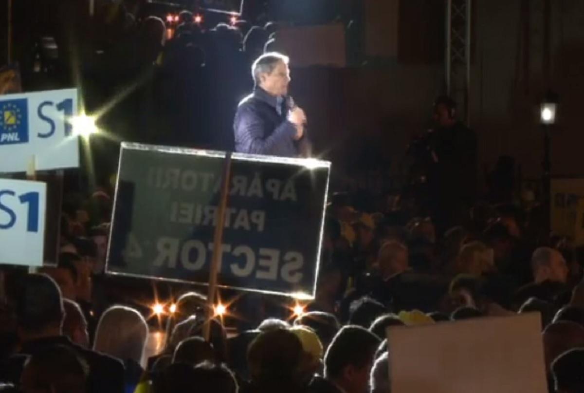 """VIDEO LIVE. Miting PNL de amploare în Bucureşti. Dacian Cioloş: """"România viitorului nu se poate construi cu lideri mesianici"""""""
