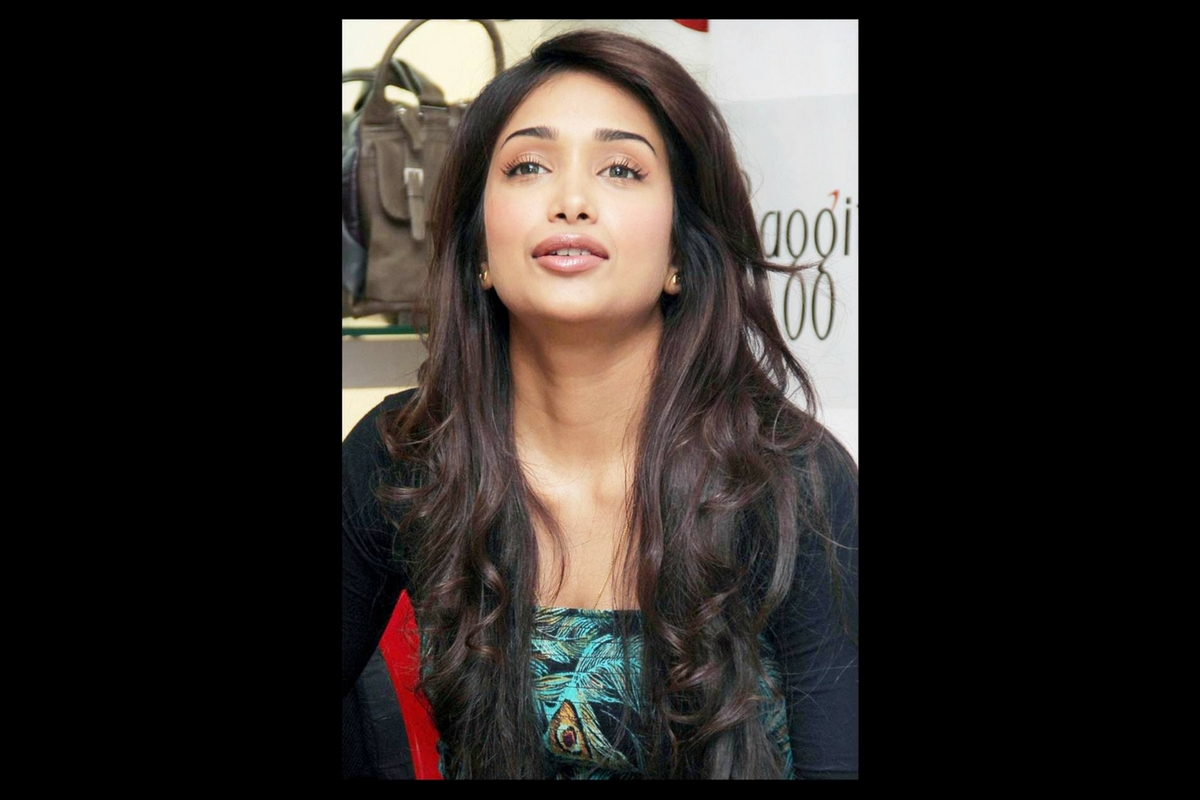 Actrița indiană Saberna Saboo s-a sinucis la vârsta de 29 de ani. Polițiștii au descoperit o scrisoare de adio în apartamentul său.