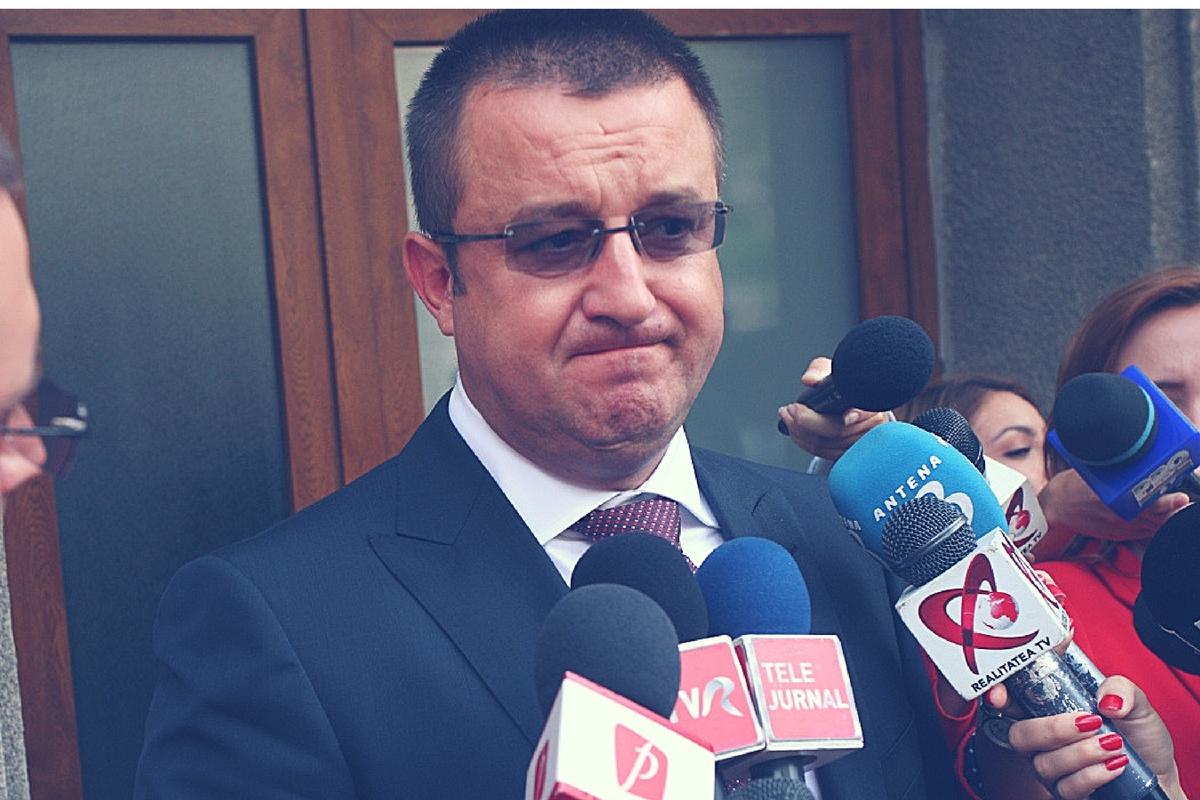 Sorin Blejnar, fostul șef al ANAF, a fost adus cu mandat pentru a fi audiat la DNA Ploiești.