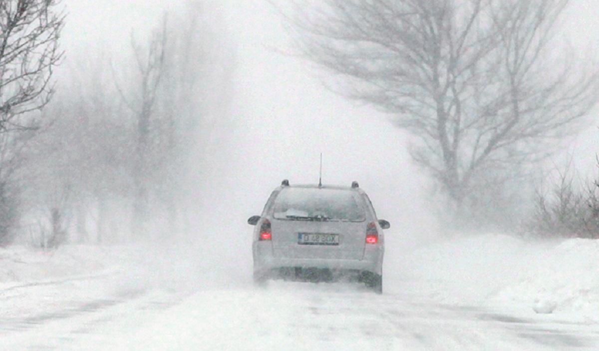Trafic rutier îngreunat din cauza vremii. Ce județe sunt afectate