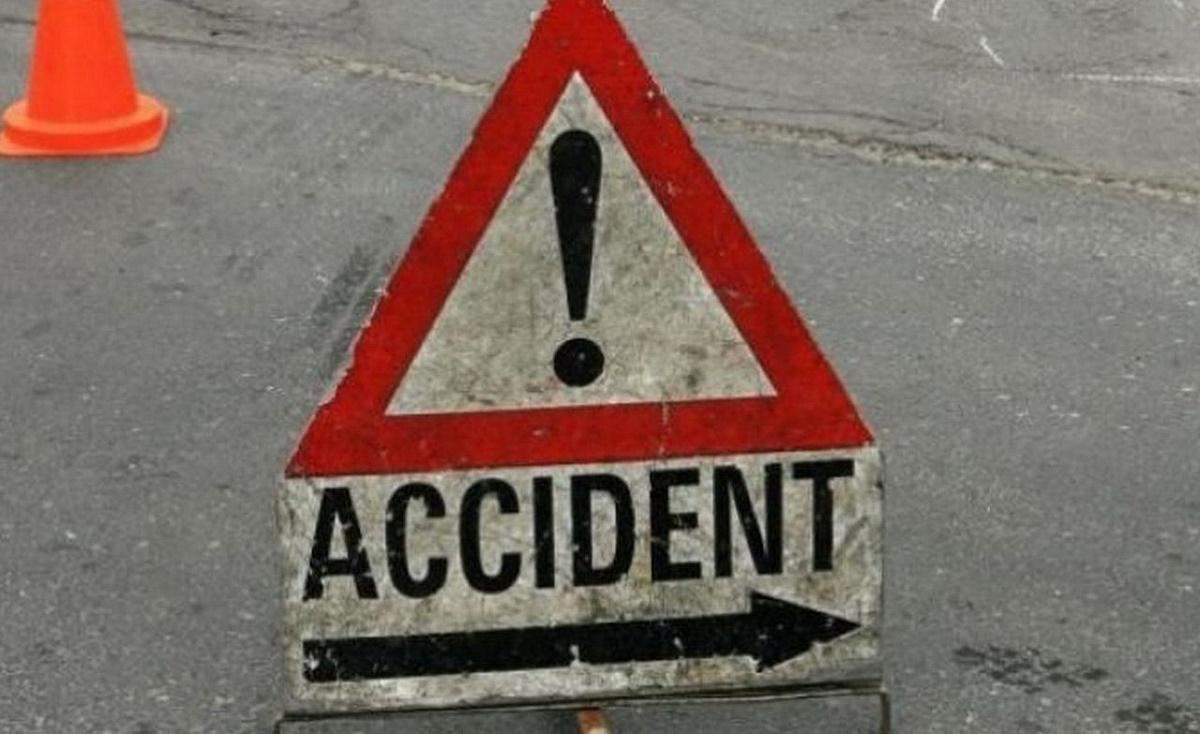 Accident grav în Târgoviște. O femeie și fiica sa, au fost lovite de un autoturism, în timp ce traversau strada pe trecerea de pietoni.