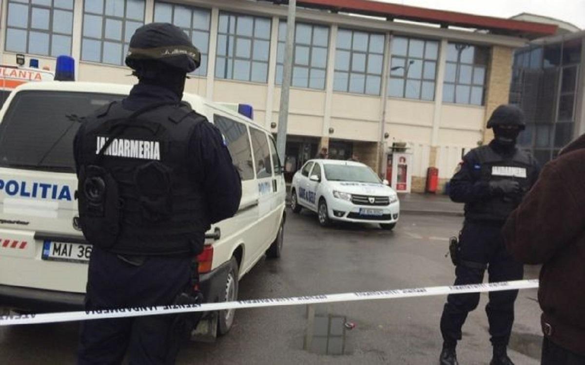Alertă bombă în București. Un mall este ținta