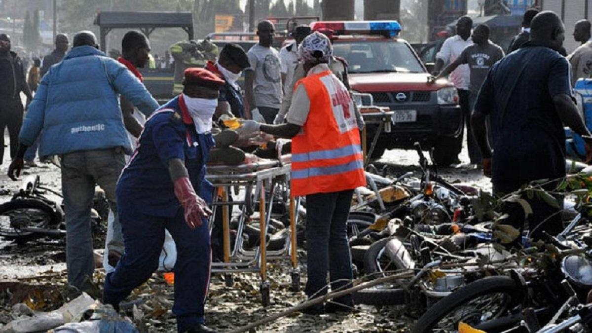 Atentat în Nigeria. Cel puțin 30 de oameni au murit și alte zeci de persoane au fost rănite într-un atentat comis într-o piață aglomerată.