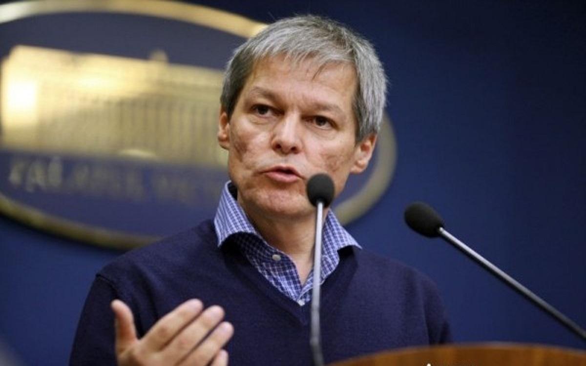 Dacian Cioloș îl atacă pe Liviu Dragnea pentru declarațiile acide pe care șeful PSD le-a făcut la adresa cabinetului tehnocrat.