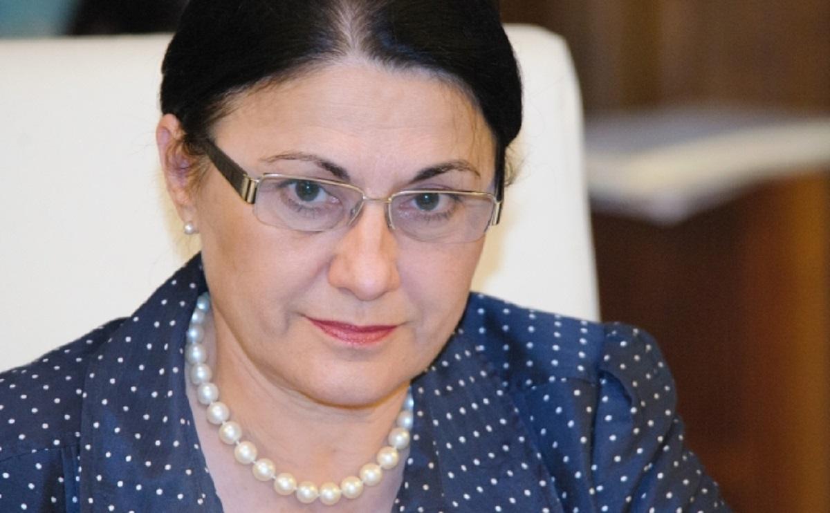 Ecaterina Andronescu a comentat desemnarea lui Sorin Grindaru ca premier. Fostul ministru al Educației a salutat gestul lui Iohannis.