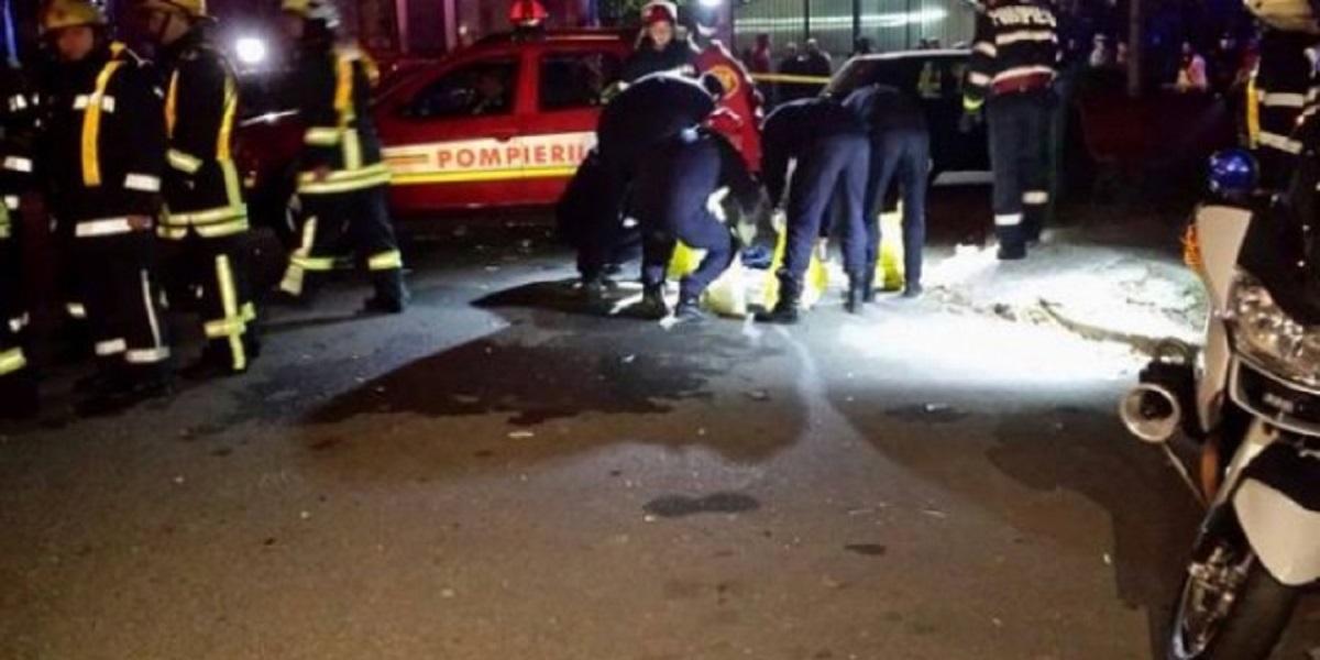 Incendiu în Pitești, un bloc întreg a fost evacuat. Pompierii ajunși la fața locului au constatat că incendiul a fost provocat de un cablu...