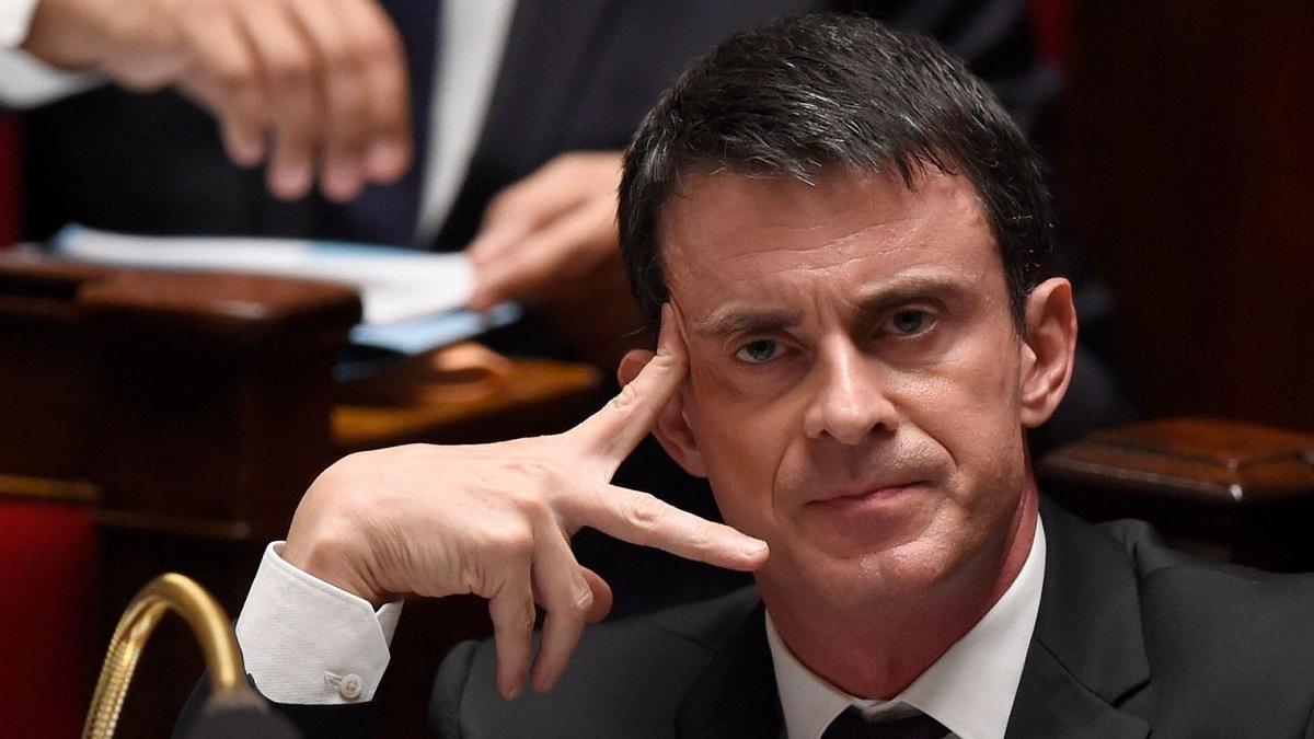 Fostul premier al Franței, Manuel Valls, a avut parte de un moment penibil la Strasbourg. Un bărbat i-a aruncat cu făină în față.