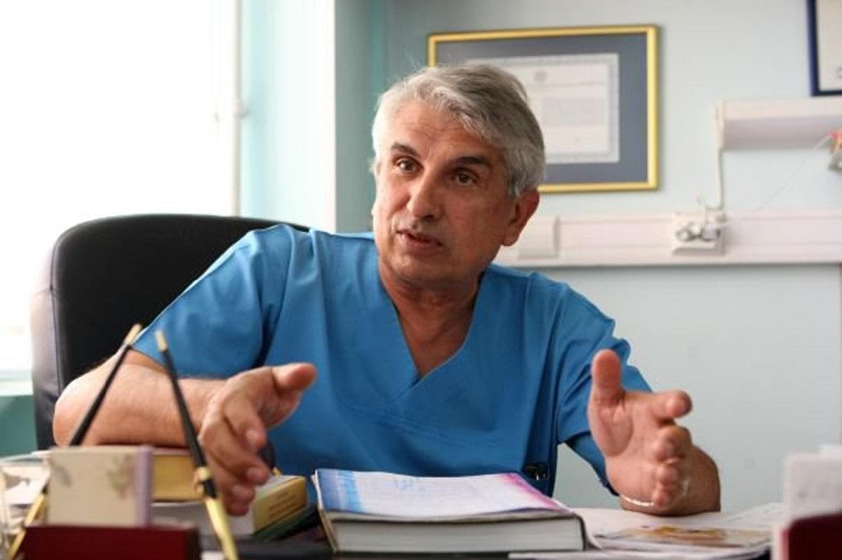 Medicul Gheorghe Burnei, șeful secției de ortopedie a Spitalului Marie Curie, a fost reținut pentru 24 de ore. Medicul este acuzat de mai multe...