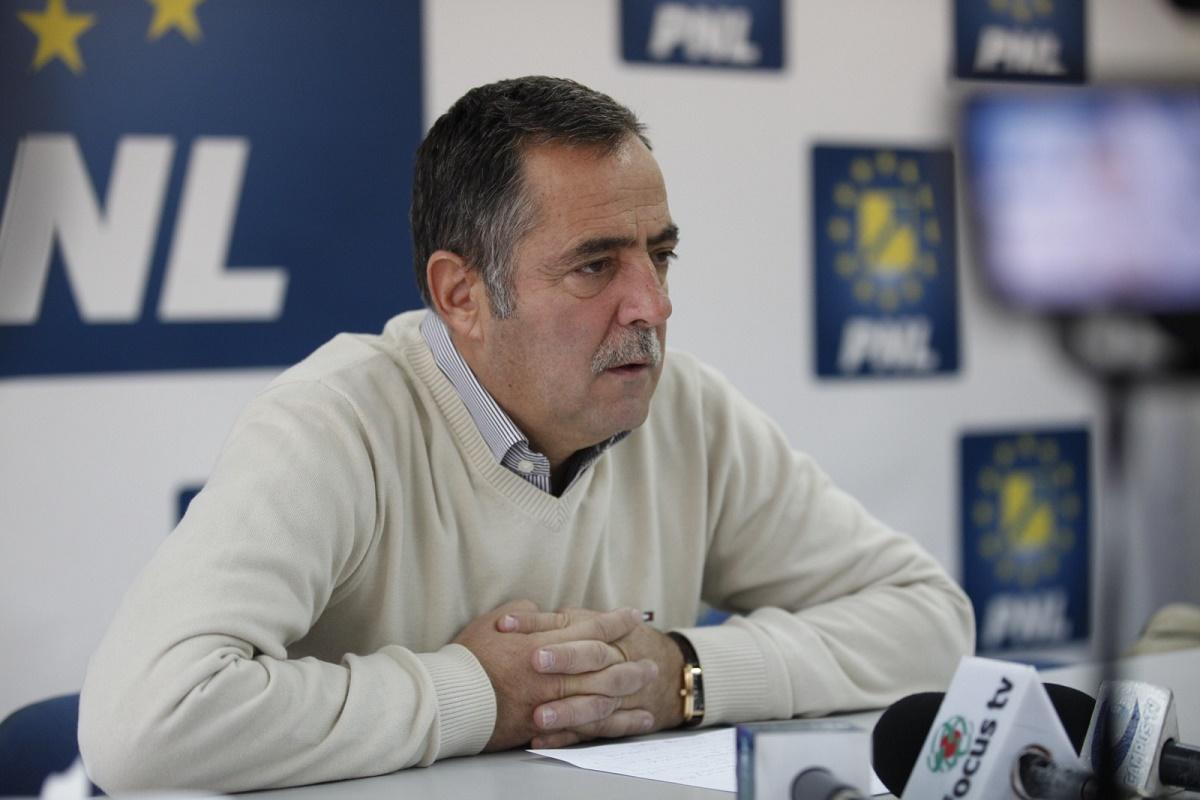 PNL îl atacă pe Călin Popescu Tăriceanu pentru declarațiile în care pretindea că i s-a propus să preia șefia Partidului Național Liberal.
