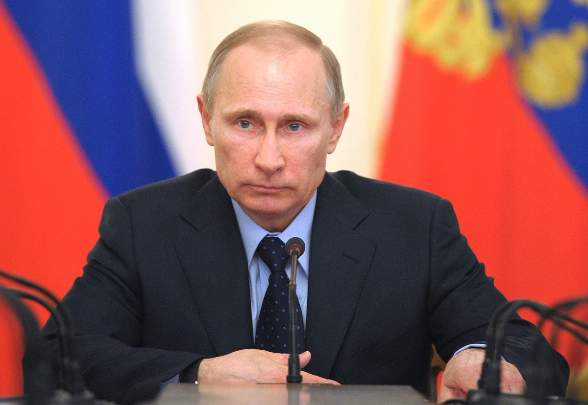 Vladimir Putin a reacționat după asasinatul ambasadorului său la Ankara, Andrey Karlov. Președintele rus l-a contactat pe omologul său.