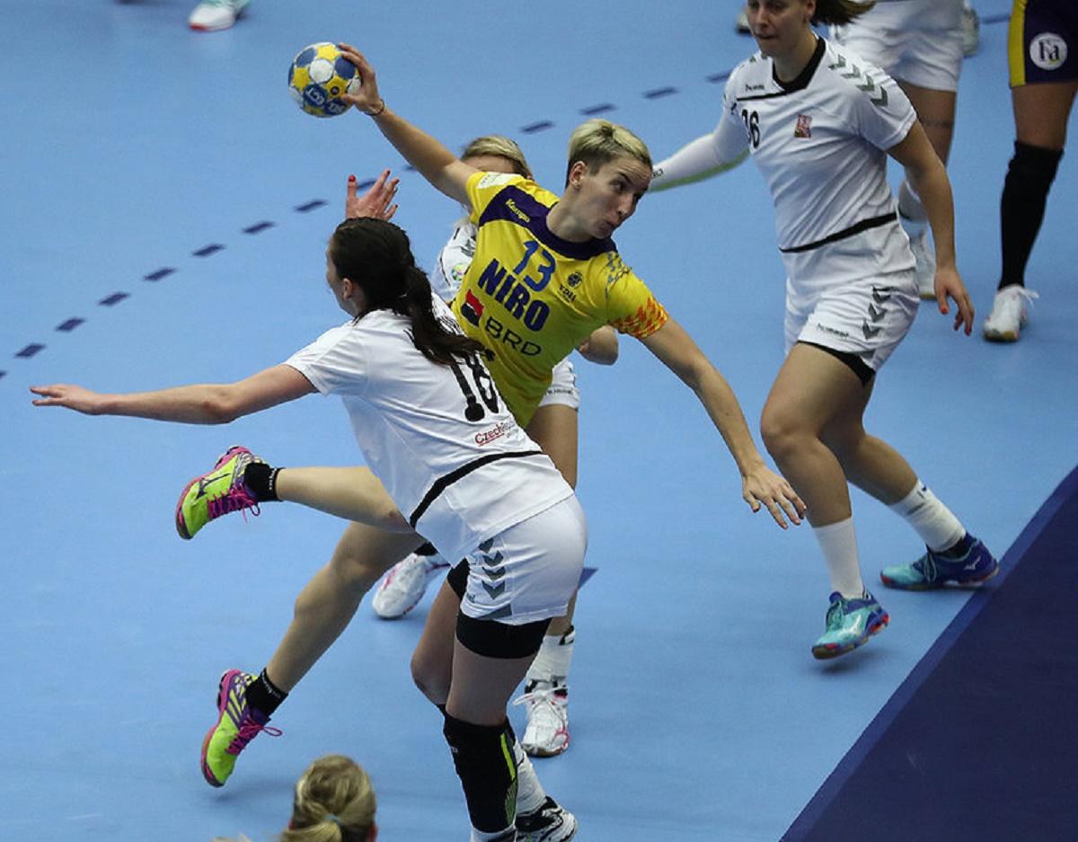 Echipa de handbal a României încheie Campionatul European de handbal pe locul 5. Tricolorele au învins în ultimul meci Germania, scor 23 la 22.