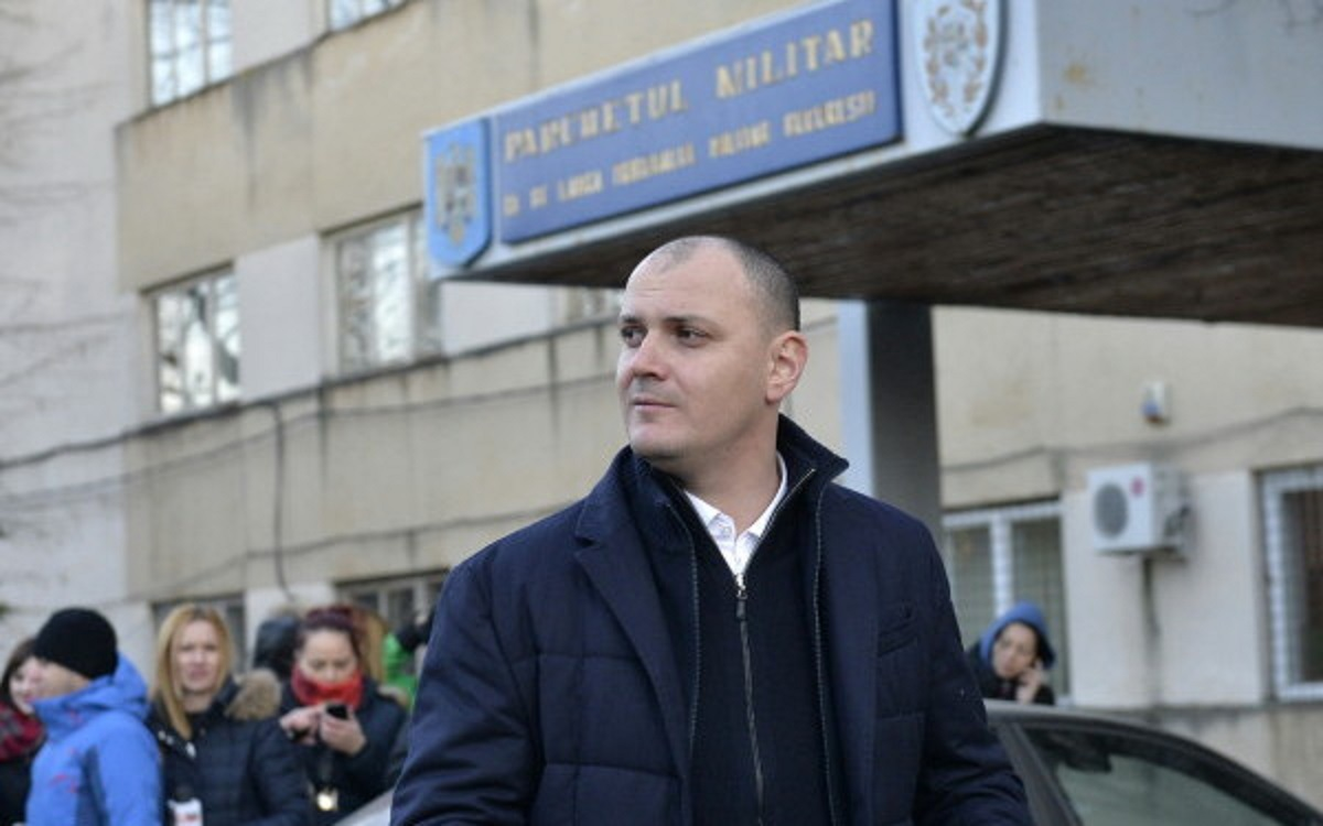 Sebastian Ghiță ar trebui să se prezinte la Poliție pentru controlul judiciar. Fostul deputat este dispărut de mai bine de o săptămână.