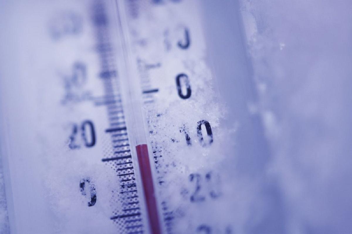 În noaptea de marți spre miercuri, termometrele au înghețat la Miercurea Ciuc. Temperatura a scăzut până la -22 de grade Celsius.