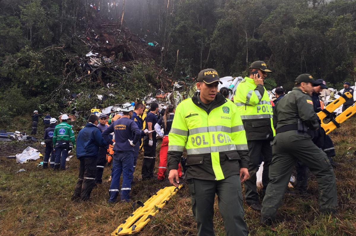 Tragedia aviatică din Columbia ar fi fost cauzată de lipsa de combustibil. Pilotul ar fi cerut de mai multe ori permisiunea de a ateriza