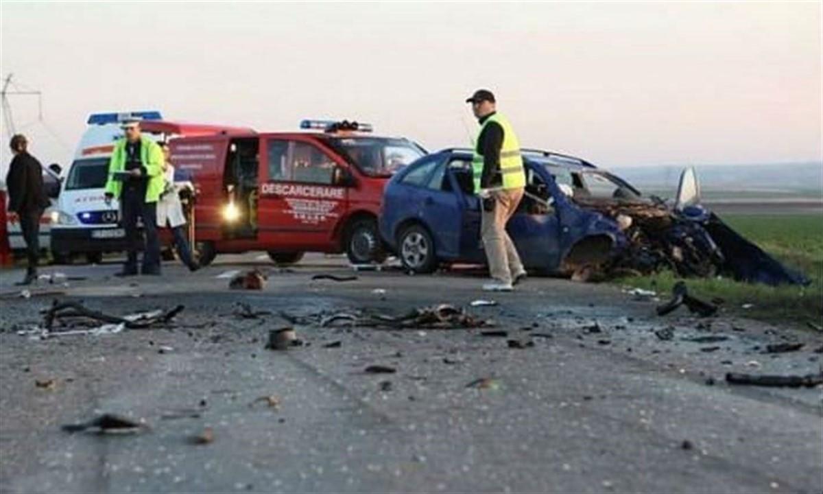 Accident pe DN 1A Ploiești - Văleni, sâmbătă, în Ajunul Crăciunului. O persoană a fost grav rănită, iar traficul a fost deviat.