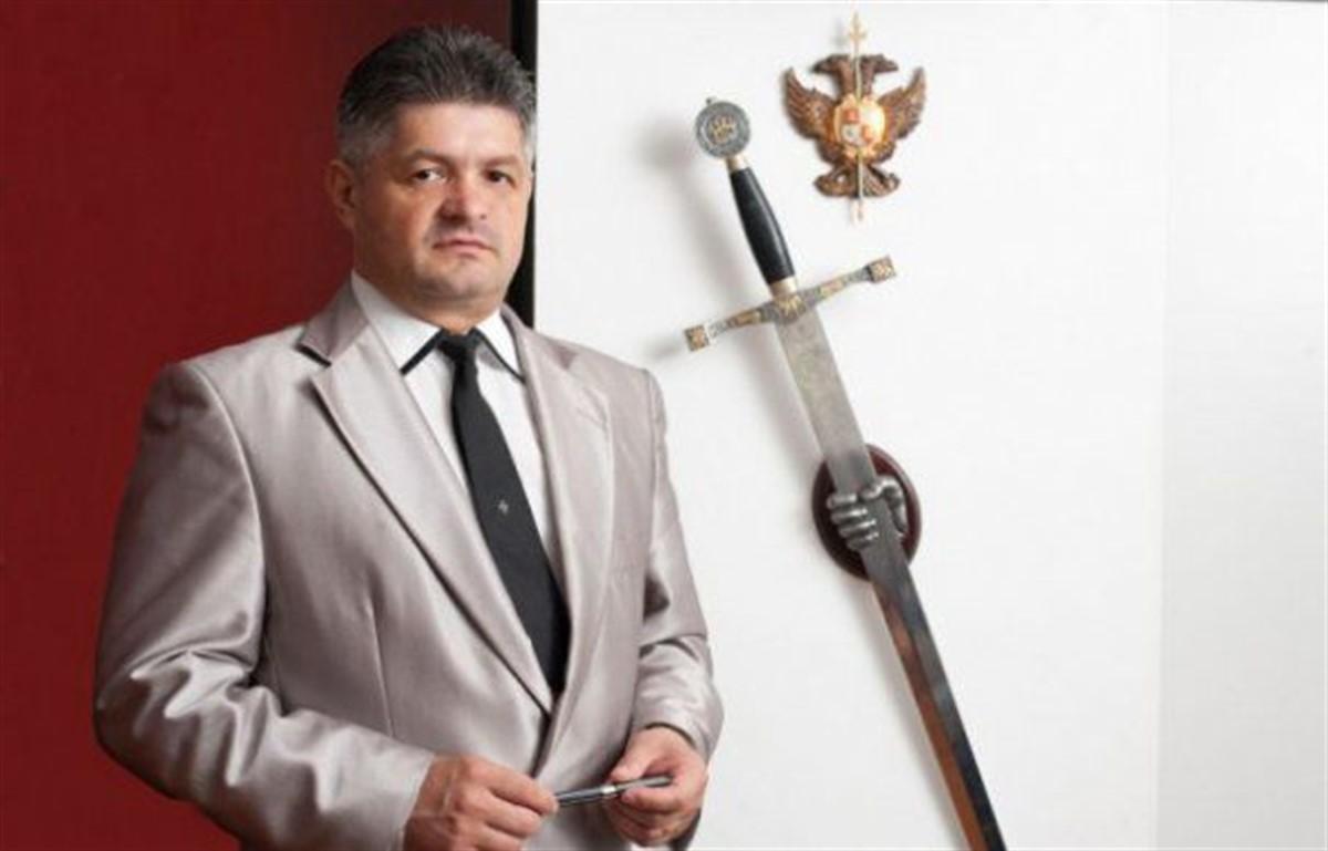 Florin Secureanu, managerul demis al Spitalului Malaxa din București, s-a prezentat vineri la DNA pentru a fi audiat.