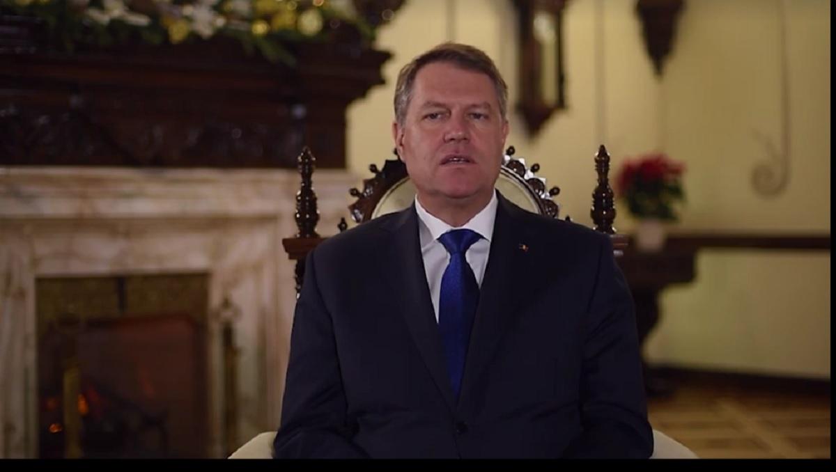 Klaus Iohannis a transmis un mesaj de Crăciun românilor, în care își exprimă optimismul pentru a crea o societate mai bună.