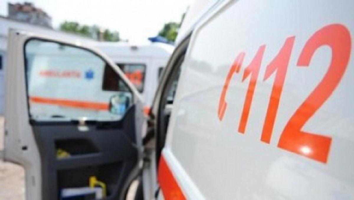 Accident pe DN1A în dreptul localității Cheia. Două mașini s-au ciocnit frontal, iar un autoturism s-a răsturnat.