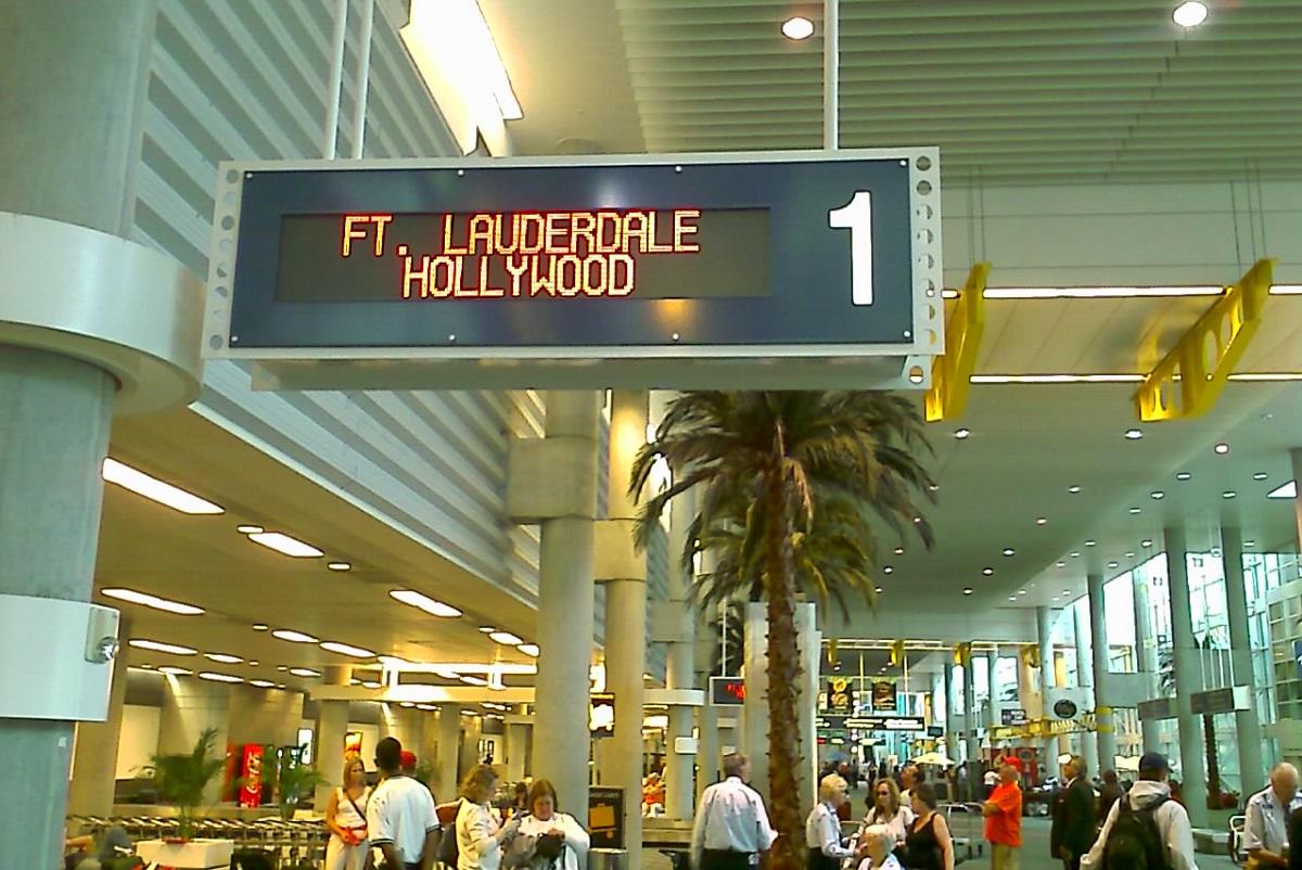 Atac Noua Zeelanda Update: Atac Armat Pe Aeroportul Lauderdale Din Florida, Cel Puțin