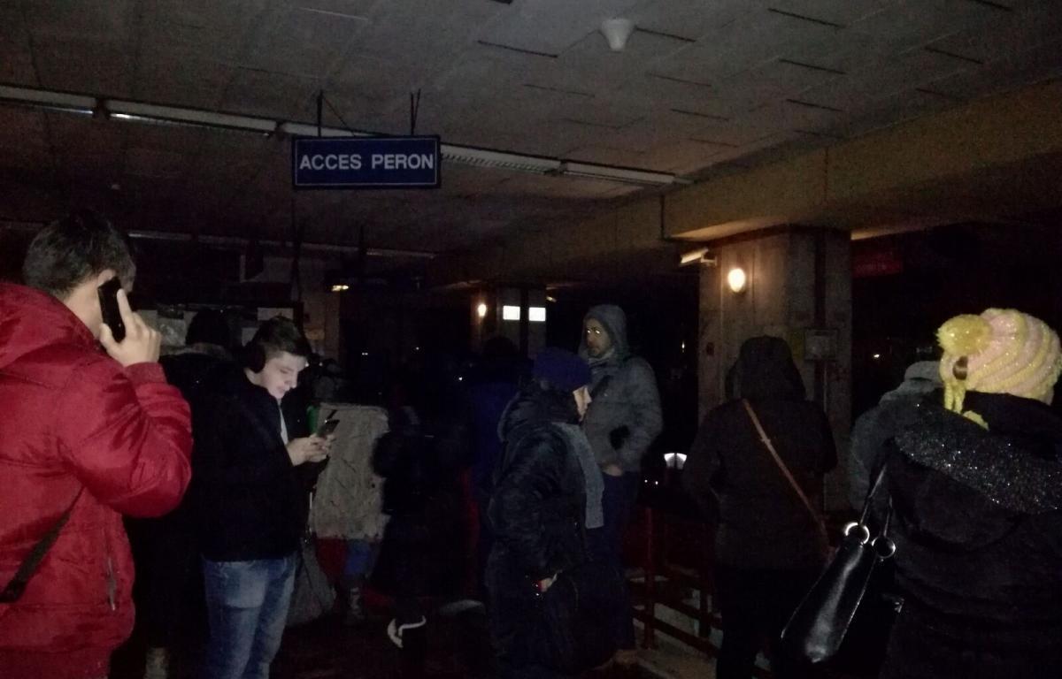 O pană de curent a determinat ca circulația trenurilor de metrou să fie oprită între orele 8.48-9.01 pe magistrala 2.