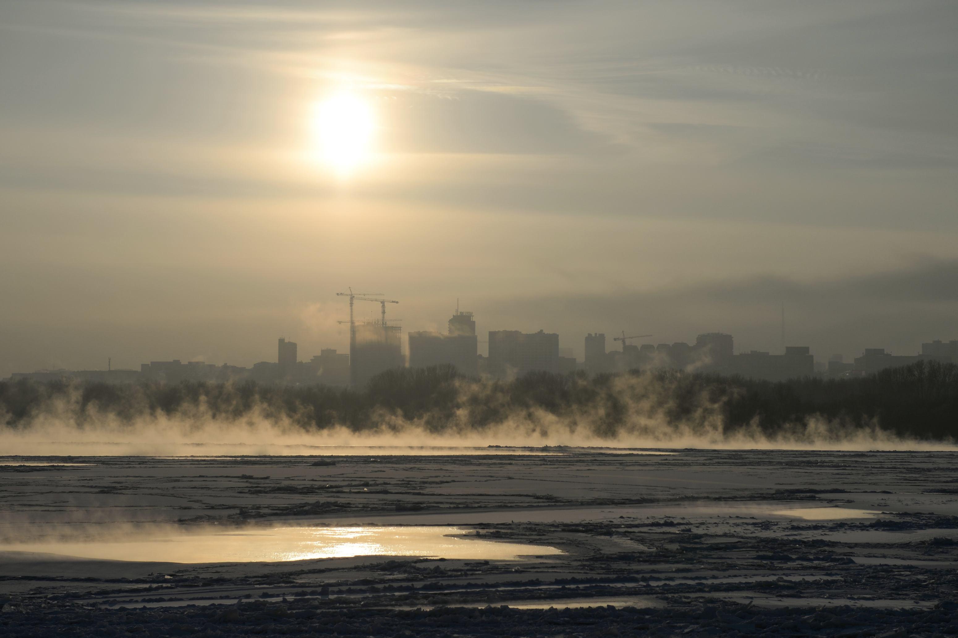 Cod Galben de vreme geroasă în toată țara, până luni, 9 ianuarie. Mercurul din termometre va coborî până la -25 de grade
