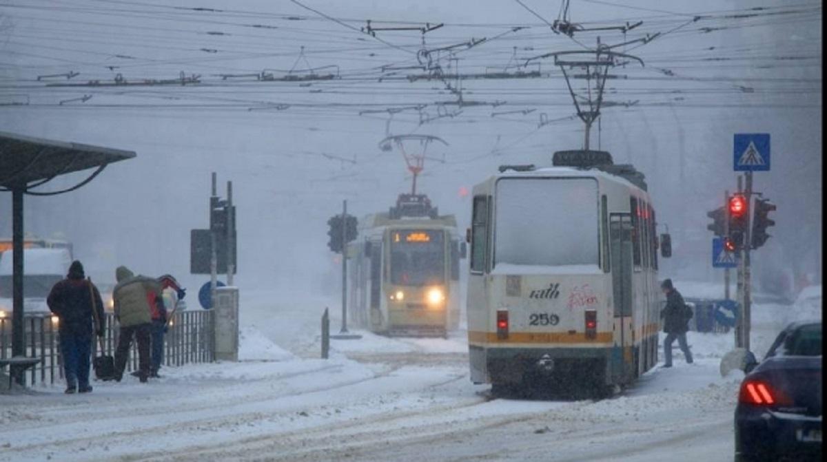 Comandament de iarnă la Primăria Capitalei convocat pentru măsuri de urgență. Gabriela Firea a anunțat care este situația în București.