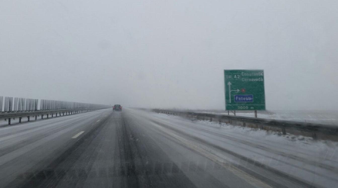 Situație drumuri închise în data de 12 ianuarie. Mai multe austrostrăzi și drumuri naționale au fost închise din cauza vremii.