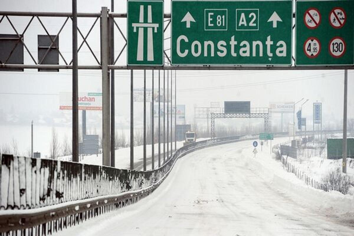 Sunt mai multe drumuri închise pe 9 ianuarie, din cauza condițiilor meteorologice. În continuare sunt probleme pe Autostrada Soarelui.