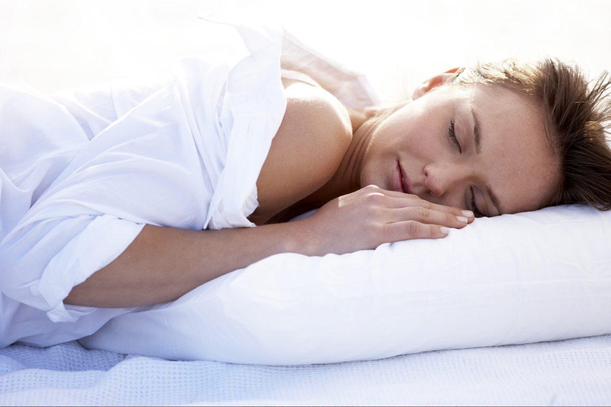 Ce ți se întâmplă când dormi. 9 schimbări incredibile care au loc fără să ai habar