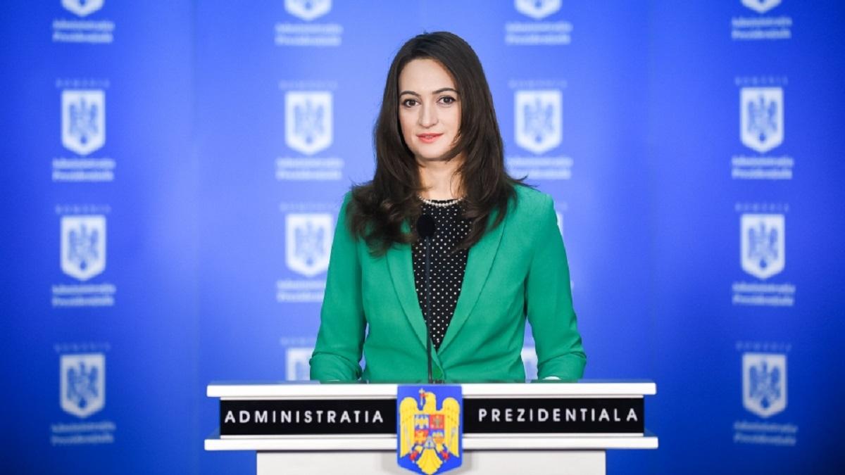 Mădălina Dobrovolschi face declarații de presă de la Palatul Cotroceni. Purtătorul de cuvânt al președintelui va transmite un mesaj.