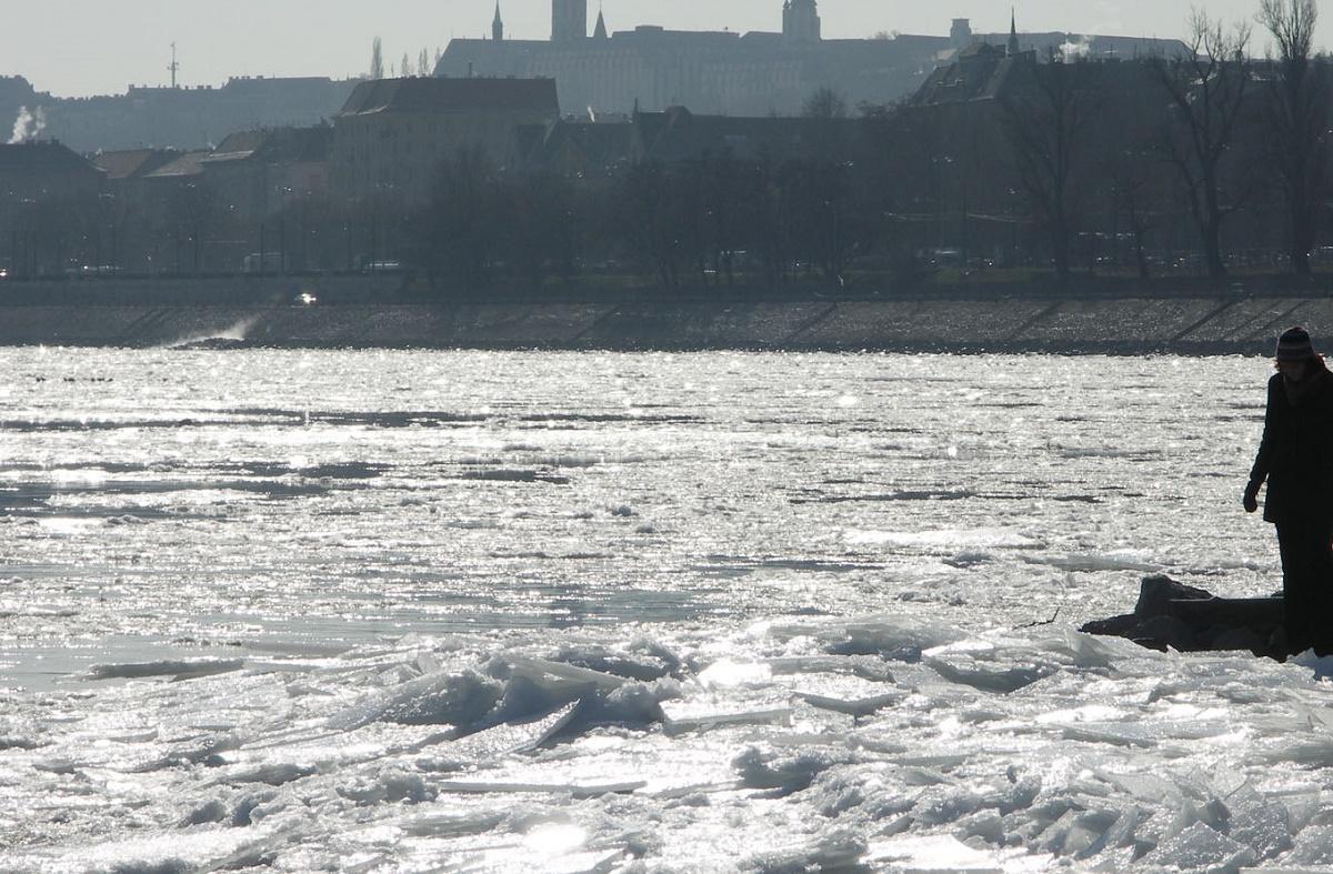Serbia și Bulgaria opresc traficul pe Dunăre după ce Ungaria a luat o decizie similară în zilel trecute.