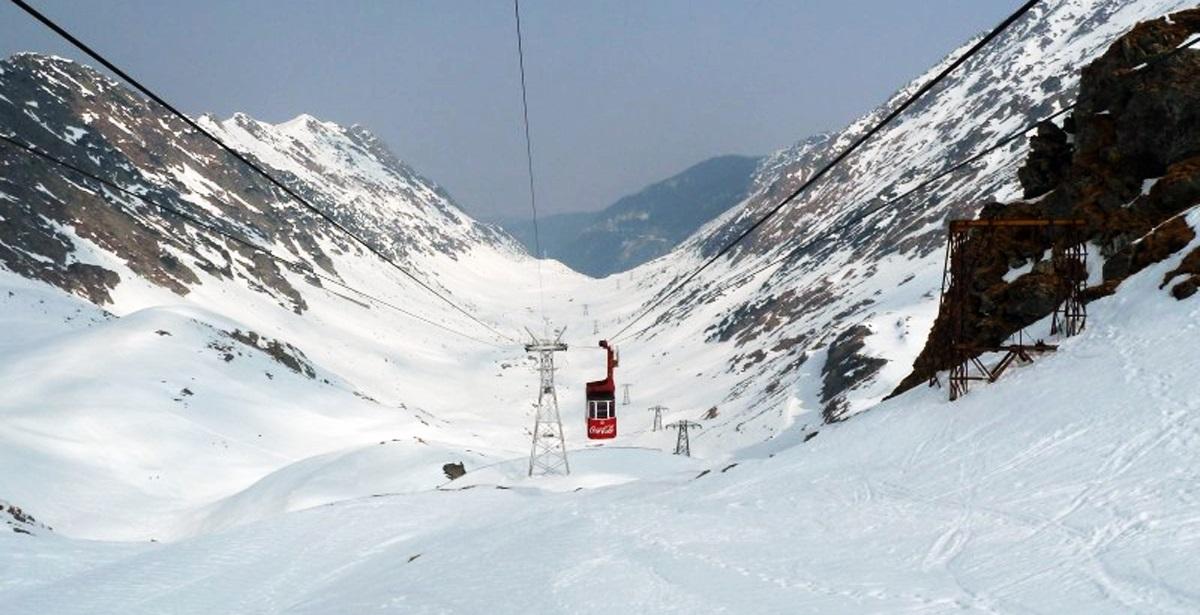 Telecabina de la Bâlea Lac nu funcționează din cauza gerului cumplit. Cablurile au înghețat, pentru că sunt temperaturi de -25 de grade.