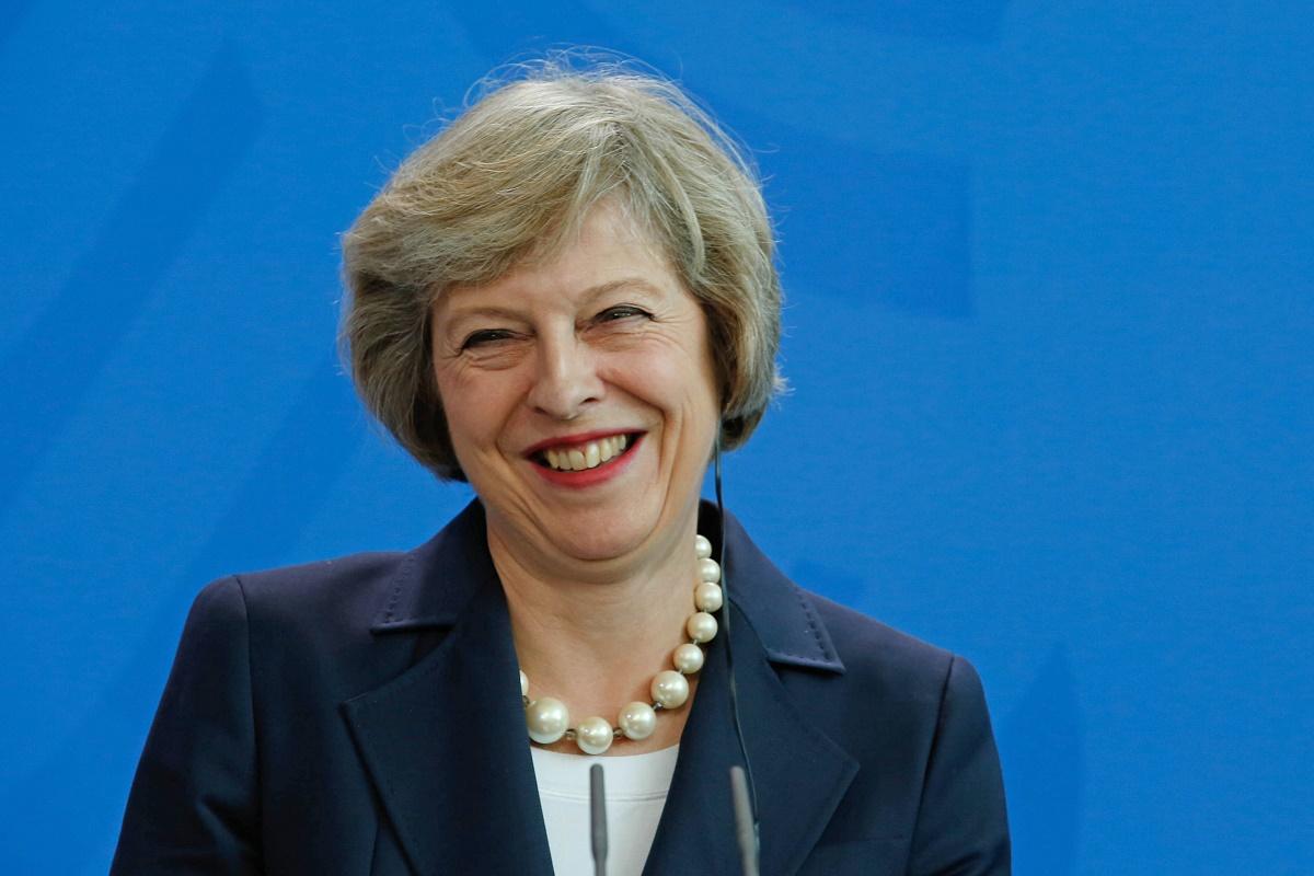 Theresa May a anunțat că Marea Britanie intenționează să se despartă complet de UE. Numărul migranților va fi controlat strict