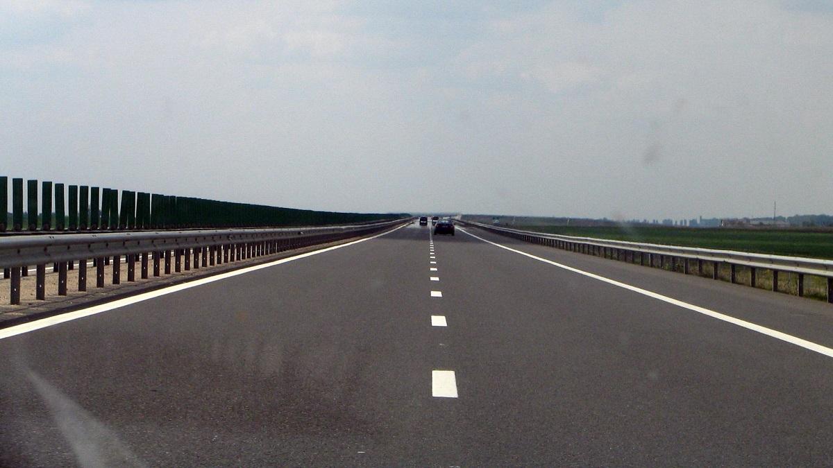 Pe autostrada București - Constanța traficul este restricționat. Infotrafic anunță că se fac lucrări pe sensul de mers spre litoral.