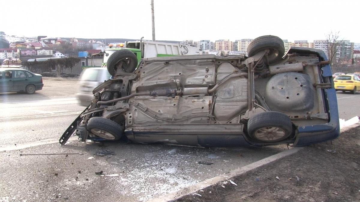 Accident în Albota, județul Argeș, duminică dimineața. Patru persoane au fost rănite, dintre care una mai grav.