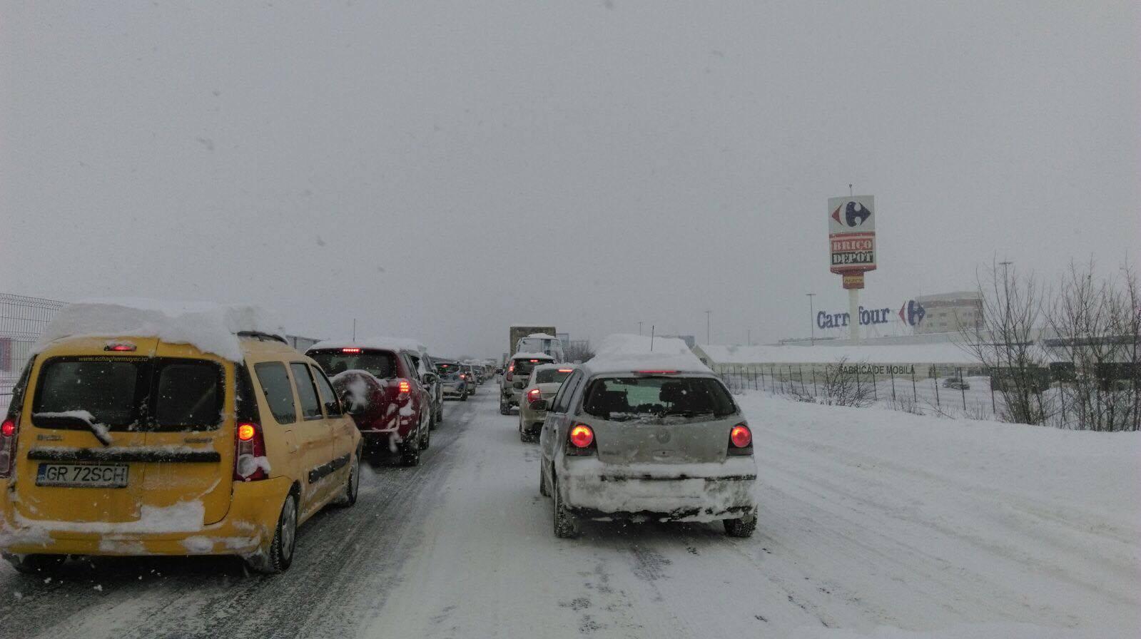 Drumuri închise pe 11 ianuarie si autostrăzi blocate